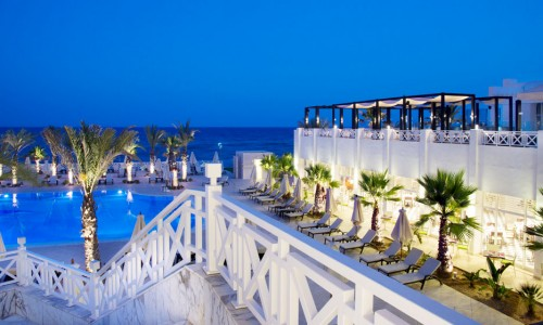 hotel-radisson-blu-hammamet-reservation-miralina-piscine